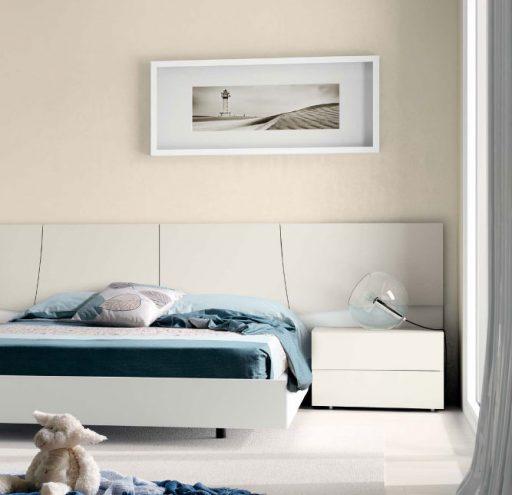 Dormitorio en diferentes tonos de blanco de la colección Slaap de Kibuc.