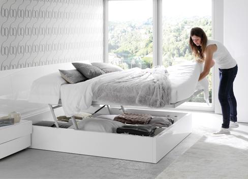 Orden en el dormitorio, Cama abatible Slaap con sistema de apertura hidraúlico