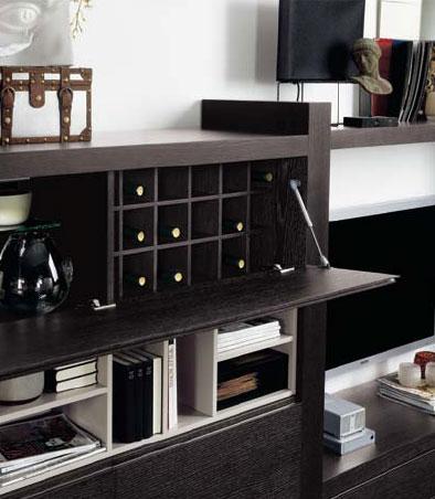 Ideas para organizar tu casa. Mueble de la colección Aiko de Kibuc con botellero