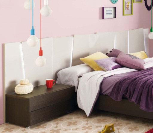 Iluminar el dormitorio. Cabezal con luz de la colección Slaap