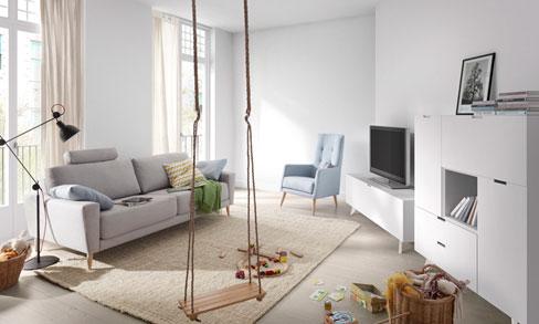 Trucos para ganar luz en tu espacio. Mueble para la TV y bufet de la colección Sombra de Kibuc.