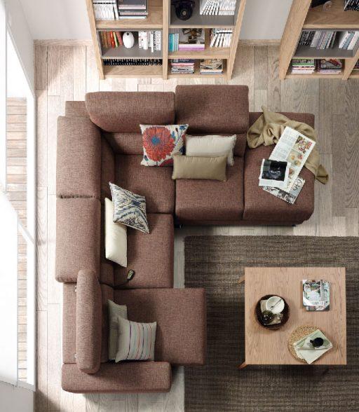 Elegir la tela del sofá. Sofá rinconero y terminal meridienne de mecanismos deslizantes manuales con pata metálica.
