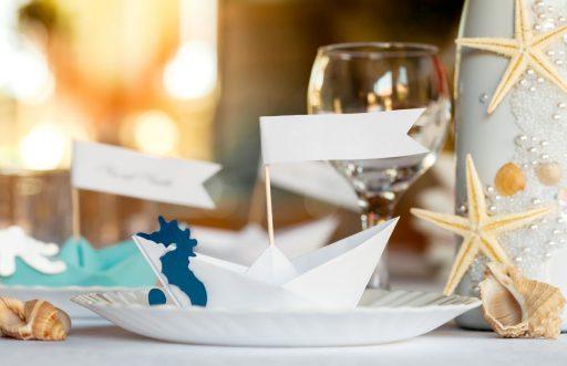 Ideas para decorar una mesa de verano by Kibuc. Con motivos marinos.