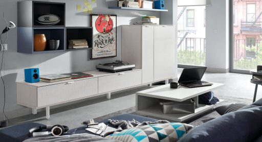 Nos vamos a vivir juntos. Consejos para decorar vuestro primer hogar. Mueble para el salón de la colección Signos de Kibuc