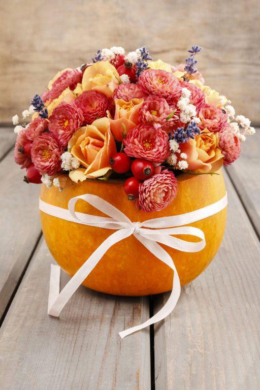 Decoración de mesa con calabaza. Cómo convertir una calabaza en un florero