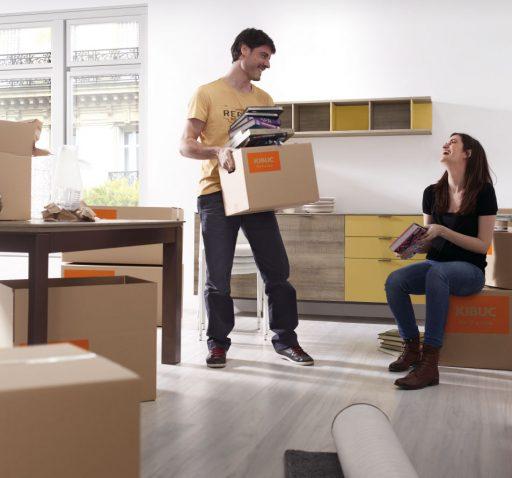 Nos vamos a vivir juntos. Consejos para decorar vuestra primer hogar. Bufet colección Signos