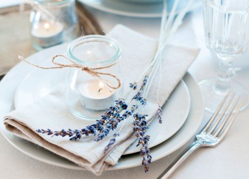 Ideas inspiradoras para decorar tu mesa. Velas